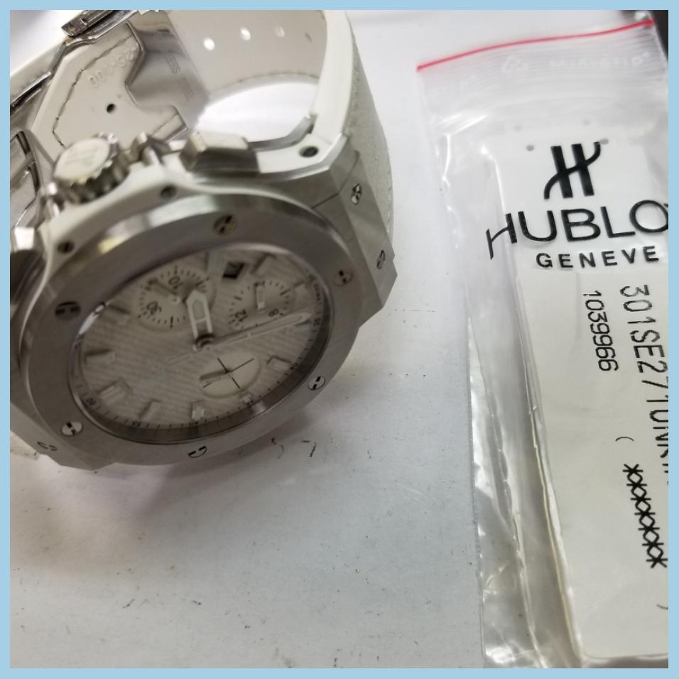 sale retailer 95916 f7b46 HUBLOT(ウブロ)のベルト持ち込みでしたら取り付け行います ...