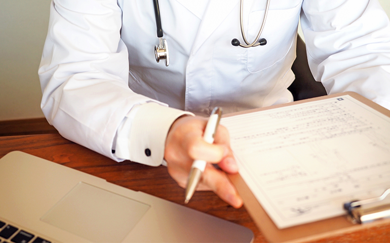 医療 費 控除 自費 診療